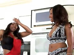Jada Fire and Cherokee get their ebony asses fucked