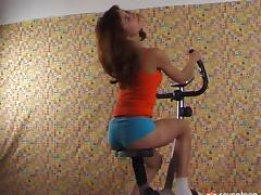 The best way to use this bike is by fingering a pussy on it