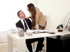 Julie  ''my boss is a bitch'' dominating & analfucking nylon