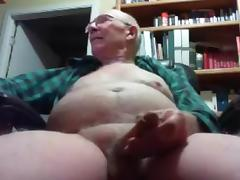 grandpa big tool play on cam (no cum)