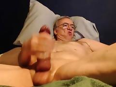 big cock grandpa stroke on cam (no cum)