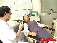 Office Lady Getting Her Nipples Sucked Hairy Pussy Licked And Fingered By The Dentist In The Surgery