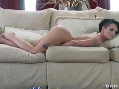 Horny Cutie Christy Mack Titty Fucks The Horny Johnny Sins