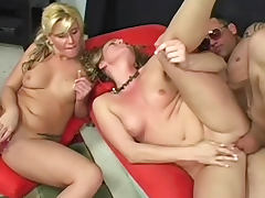 MFF threesome with blonde babes