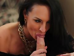 Murk Alektra X-rated gives an astonishing blowjob