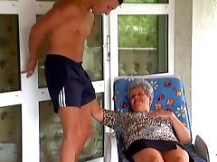 Horny Fucker Bangs Wild And Nasty Granny With Glasses