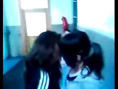 Irene et Laura Lesbienne LOL