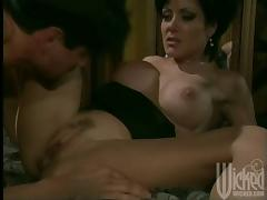 Jeanna Fine the slutty MILF takes deep pussy fucking in a bedroom