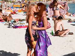 Succulent Melody And Lena Hawaii Touch Each Other On The Beach