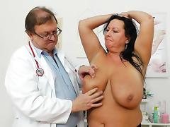Busty chubby mom Robislava shows her vag
